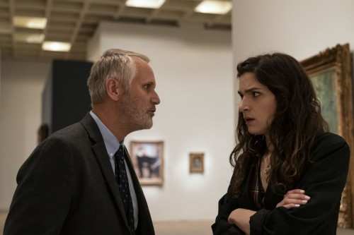 Eve Lindley as Simone, Chris Kies as Carl - Dispatches from Elsewhere _ Season 1, Episode 2 - Photo