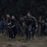 the-walking-dead-episode-1011-morning-star-promotional-photo-01.th.jpg