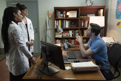 """NEW AMSTERDAM -- """"Perspectives"""" Episode 216 -- Pictured: (l-r) Freema Agyeman as Dr. Helen Sharpe, A"""