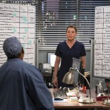 greys-anatomy-episode-1618-give-a-little-bit-promotional-photo-13.th.jpg