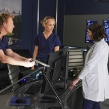 greys-anatomy-episode-1618-give-a-little-bit-promotional-photo-18.th.jpg