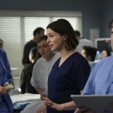 greys-anatomy-episode-1618-give-a-little-bit-promotional-photo-30.th.jpg