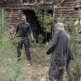 the-walking-dead-episode-1012-walk-with-us-promotional-photo-12.th.jpg