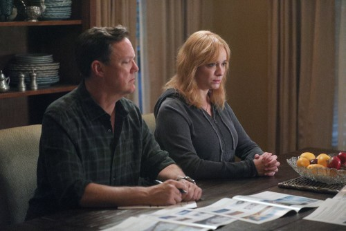 "GOOD GIRLS -- ""Fere Jacques"" Episode 306 -- Pictured: (l-r) Matthew Lillard as Dead Boland, Christin"