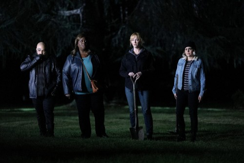 """GOOD GIRLS -- """"Fere Jacques"""" Episode 306 -- Pictured: (l-r) Retta as Ruby Hill, Christina Hendricks"""