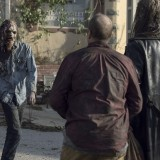 the-walking-dead-episode-1014-look-at-the-flowersl-promotional-photo-07.th.jpg