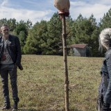 the-walking-dead-episode-1014-look-at-the-flowersl-promotional-photo-22.th.jpg