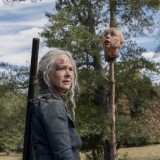 the-walking-dead-episode-1014-look-at-the-flowersl-promotional-photo-26.th.jpg