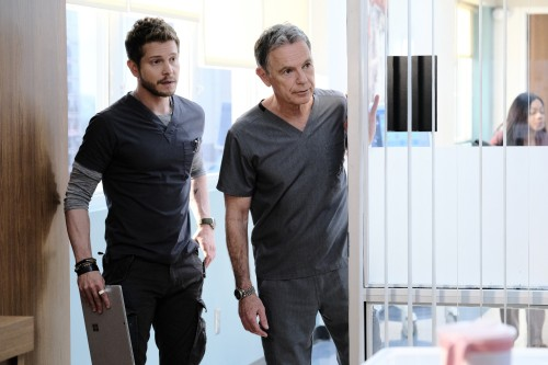 """THE RESIDENT:  L-R:  Matt Czuchry and Bruce Greenwood in the """"Burn it All Down"""" season finale episod"""