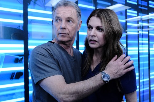 "THE RESIDENT: L-R:  Bruce Greenwood and Jane Leeves in the ""Burn it All Down"" season finale episode"