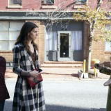dispatches-from-elsewhere-episode-106-everyone-promotional-photo-15.th.jpg