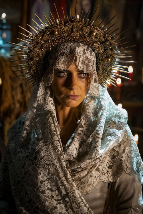 penny-dreadful-city-of-angels-episode-101-santa-muerte-promotional-photo-08.jpg