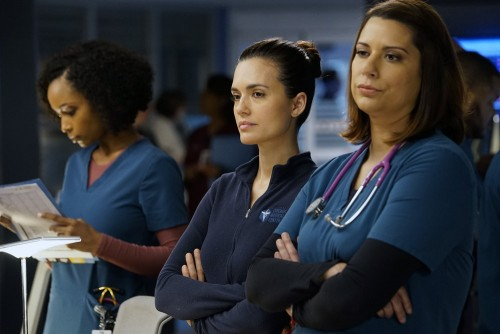 """CHICAGO MED -- """"A Needle In The Heart"""" Episode 520 -- Pictured: (l-r) Yaya DaCosta as April Sexton,"""