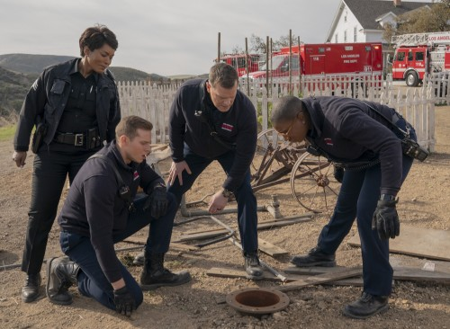 9-1-1:  L-R: Angela Bassett, Oliver Stark, Peter Krause and Aisha Hinds in the Eddie Begins episode