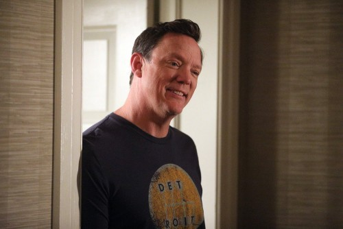 "GOOD GIRLS -- ""Incentive"" Episode 309 -- Pictured: Matthew Lillard as Dean Boland -- (Photo by: Jord"