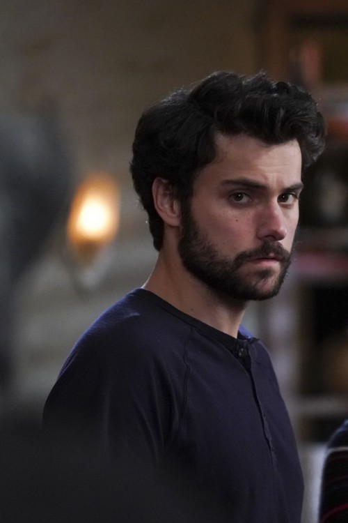 how to get away with murder episode 612 let's hurt him promotional photo 40