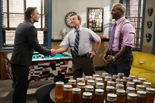 """BROOKLYN NINE-NINE -- """"Ransom"""" Episode 712 -- Pictured: (l-r) Chris Cordone as Kenneth, Joe Lo Trugl"""