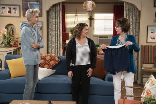 one day at a time episode 405 diamonds promotional photo 03