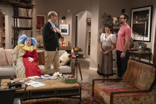 one day at a time episode 405 diamonds promotional photo 05