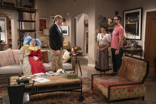 one day at a time episode 405 diamonds promotional photo 07