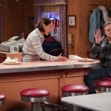 the-conners-episode-219-cpaps-hickeys-and-biscuits-promotional-photo-33.th.jpg