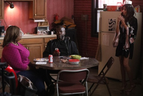 "GOOD GIRLS -- ""Synergy"" Episode 311 -- Pictured: (l-r) Retta as Ruby Hill, Reno Wilson as Stan, Nour"