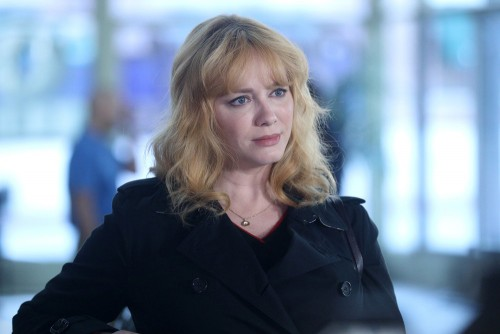 """GOOD GIRLS -- """"Synergy"""" Episode 311 -- Pictured: Christina Hendricks as Beth Boland -- (Photo by: Jo"""
