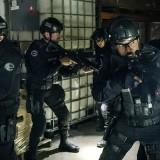 320_swat_photo03.th.jpg