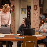 the-conners-episode-220-bridge-over-troubled-conners-promotional-photo-27.th.jpg
