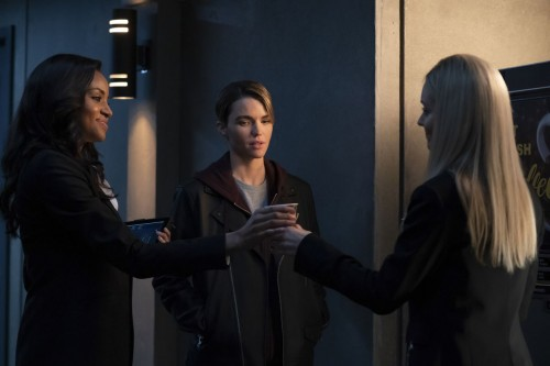 batwoman episode 119 a secret kept from all the rest promotional photo 08