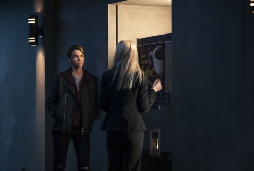batwoman episode 119 a secret kept from all the rest promotional photo 09