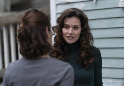 "COUNCIL OF DADS -- ""Tradition"" Episode 105 -- Pictured: (l-r) Sarah Wayne Callies as Robin Perry, Hi"