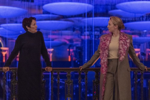 killing-eve-episode-308-are-you-leading-or-am-i-season-finale-promotional-photo-20.jpg