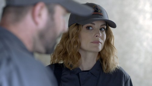 """BLINDSPOT -- """"Fire & Brimstone"""" Episode 506 -- Pictured: (l-r) Sullivan Stapleton as Kurt Weller, Ja"""
