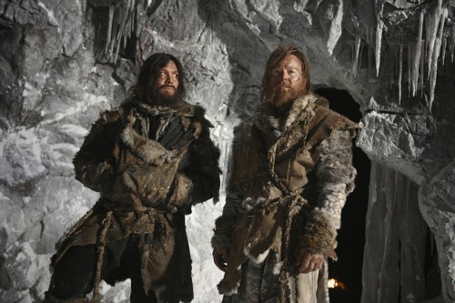 """The 100 -- """"Etherea"""" -- Image Number: HU710B_0191r.jpg -- Pictured (L-R): Bob Morley as Bellamy and"""