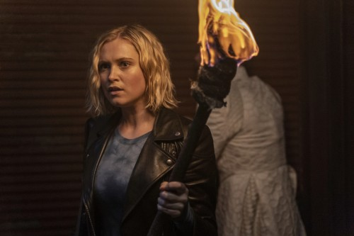 "The 100 -- ""Blood Giant"" -- Image Number: HU711A_0116r.jpg -- Pictured: Eliza Taylor as Clarke -- Ph"