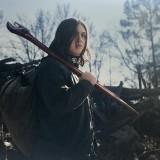 the-walking-dead-world-beyond-season-1-cast-promotional-photo-03.th.jpg
