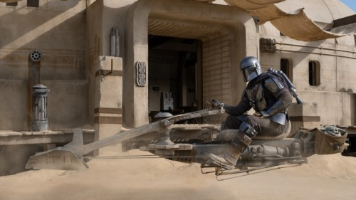 mandalorian-season-2-child-speeder613ae5156cda1c00.jpg