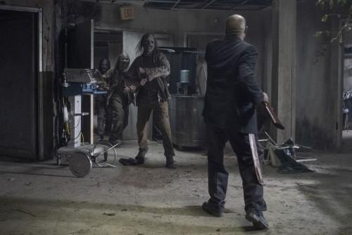 the-walking-dead-episode-1016-amc-promotional-photor-05.jpg