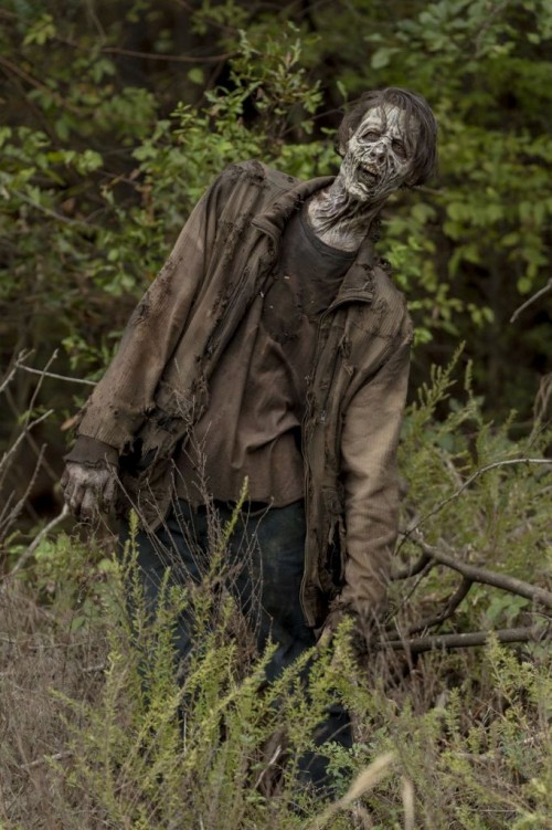 The Walking Dead: World Beyond _ Season 1, Episode 1 - Photo Credit: Zach Dilgard/AMC