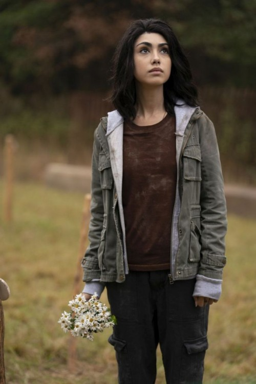 Alexa Mansour as Hope - The Walking Dead: World Beyond _ Season 1, Episode 1 - Photo Credit: Zach Di