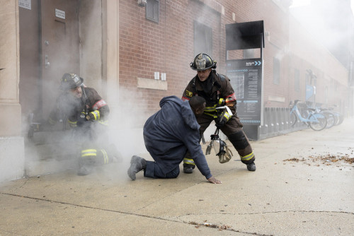 "CHICAGO FIRE -- ""Smash Therapy"" Episode 903 -- Pictured: (l-r) Joe Minoso as Joe Cruz, Taylor Kinney"