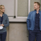 greys-anatomy-episode-1706-no-time-for-despair-winter-finale-promotional-photo-01.th.jpg
