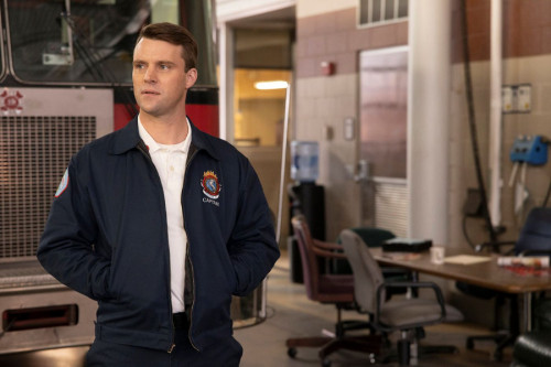 """CHICAGO FIRE -- """"Blow This Up Somehow"""" Episode 906 -- Pictured: Jesse Spencer as Matthew Casey -- (P"""