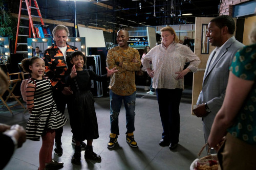 """KENAN -- """"4th Hour"""" Episode 103 -- Pictured: (l-r) Dannah Lane as Birdie, Don Johnson as Rick, Dani"""