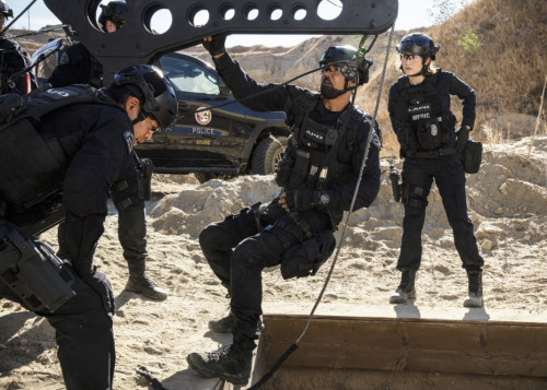swat-season-4-episode10-1068x763.jpg