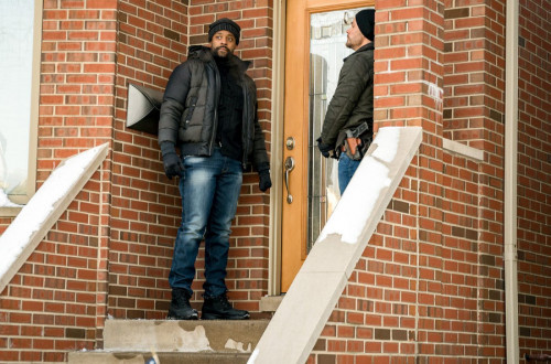"""CHICAGO P.D. -- """"Protect And Serve"""" Episode 808 -- Pictured: (l-r) LaRoyce Hawkins as Kevin Atwater,"""