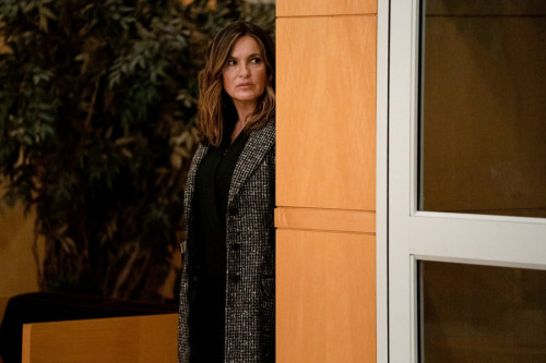 "LAW & ORDER: ORGANIZED CRIME -- ""What Happens in Puglia"" Episode 101 -- Pictured: Mariska Hargitay a"