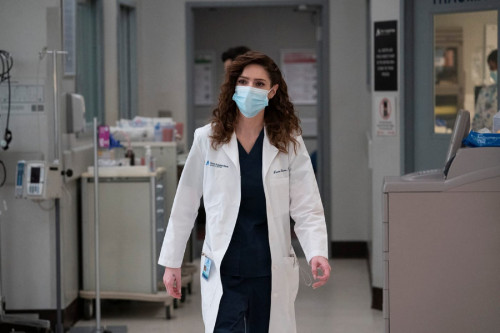 """NEW AMSTERDAM -- """"The Legend of Howie Cournemeyer"""" Episode 307 -- Pictured: Janet Montgomery as Dr."""
