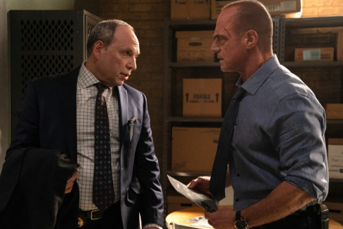 """LAW & ORDER: ORGANIZED CRIME -- """"The Stuff That Dreams Are Made Of"""" Episode 104 -- Pictured: (l-r) D"""